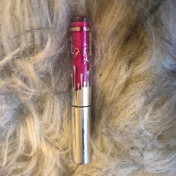 Mini Kylie Lipstick- under the tree